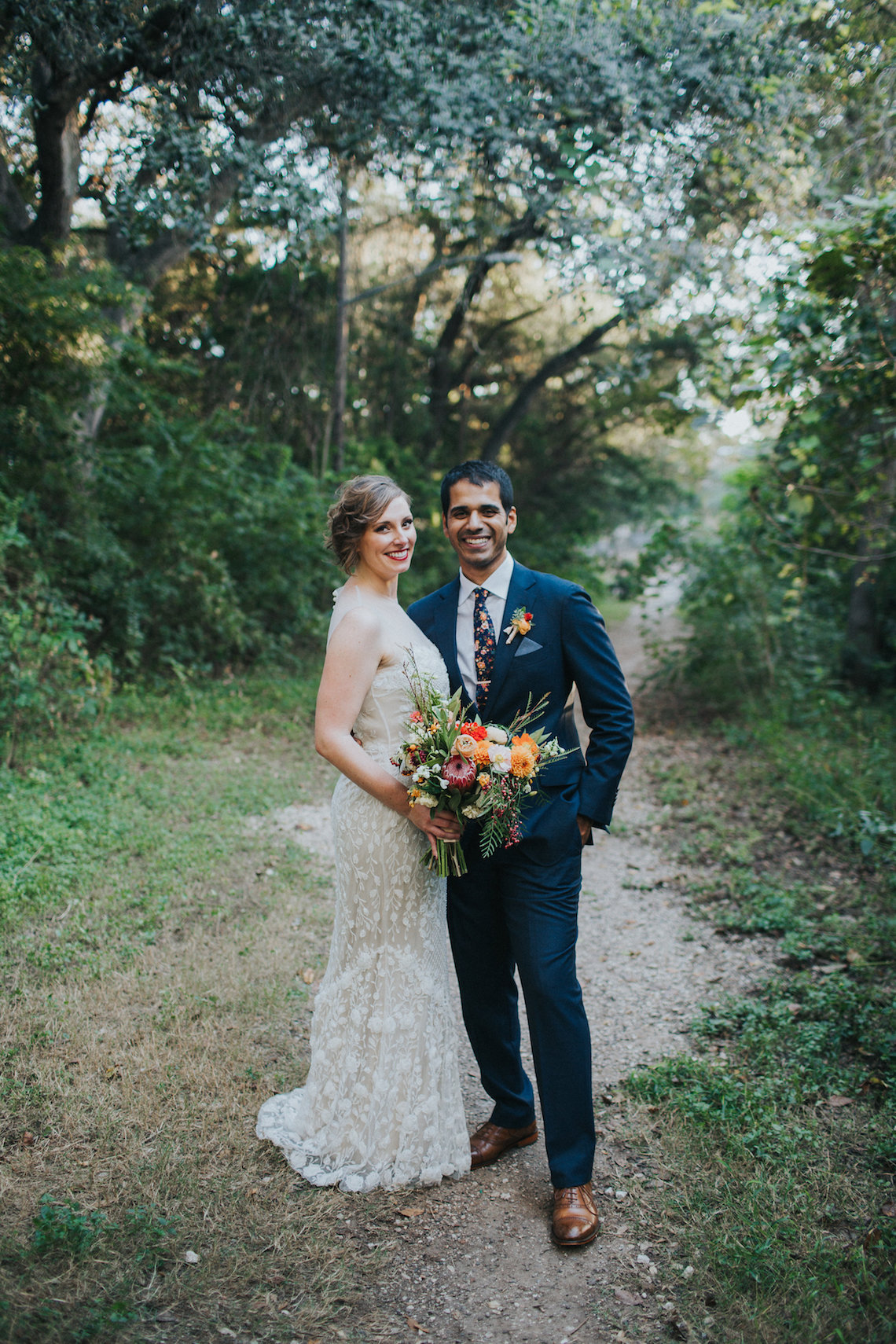 Colorful & Eclectic Americana Wedding in Texas | Amber Vickery Photography 48