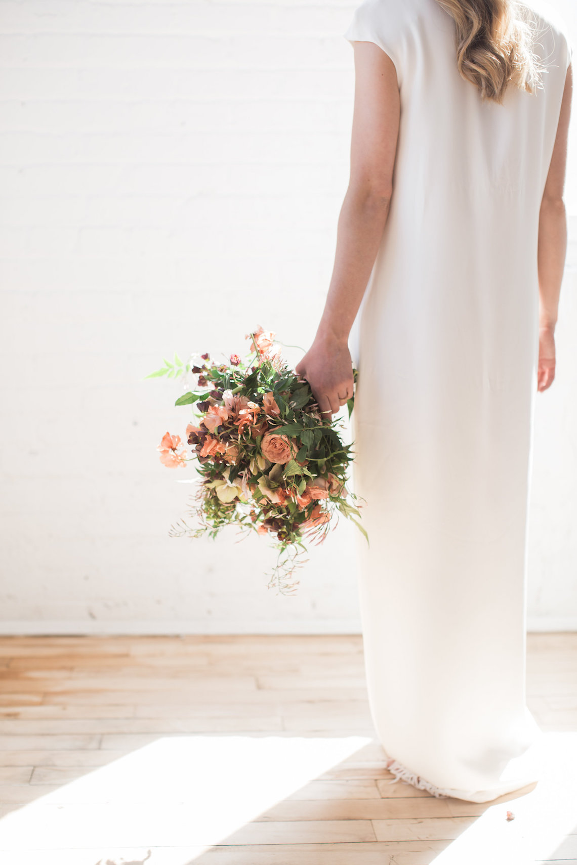 Light & Modern Wedding Inspiration With Cool Modest Gowns | Sons and Daughters Photography 29