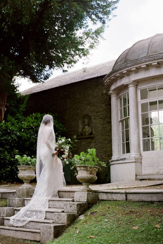 Opulent Wedding Romance In A Historic English Estate   Taylor and Porter 54