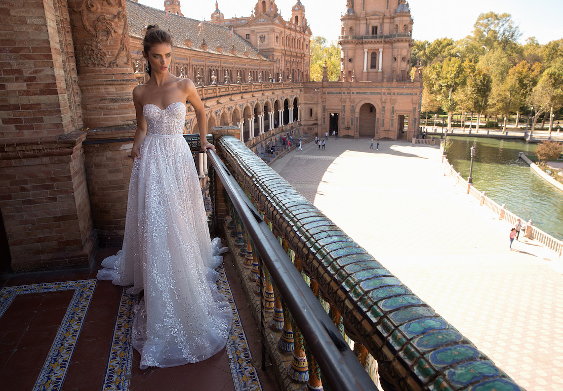 World Exclusive: The Sparkling Berta Fall 2018 Seville Collection 10