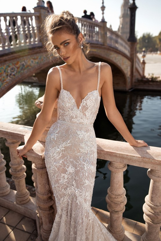 World Exclusive: The Sparkling Berta Fall 2018 Seville Collection 32