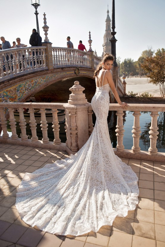 World Exclusive: The Sparkling Berta Fall 2018 Seville Collection 33