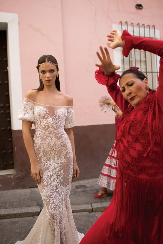 World Exclusive: The Sparkling Berta Fall 2018 Seville Collection 44