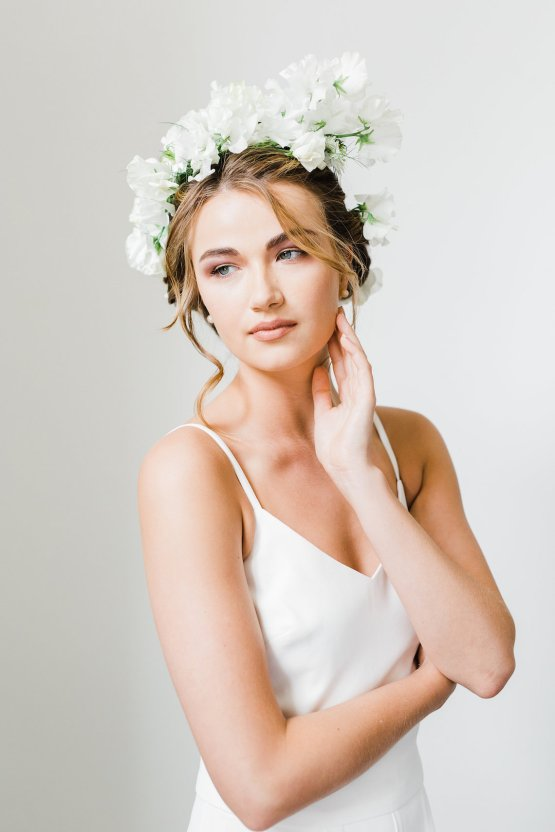 Cool Courthouse Wedding Inspiration Featuring A Bridal Jumpsuit   Rachel Birkhofer Photography 5