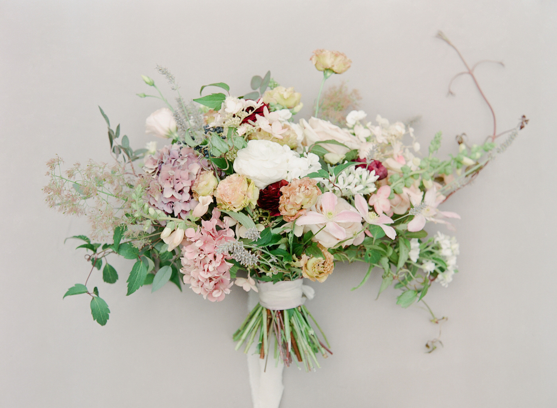 5 Tips For Creating A Budget-Friendly Wedding Bouquet | Jeanni Dunagan 3