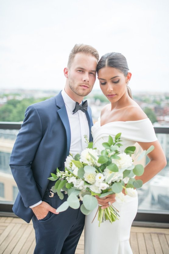 Classy Modern Rooftop Wedding Inspiration | Anna + Mateo Photography 34
