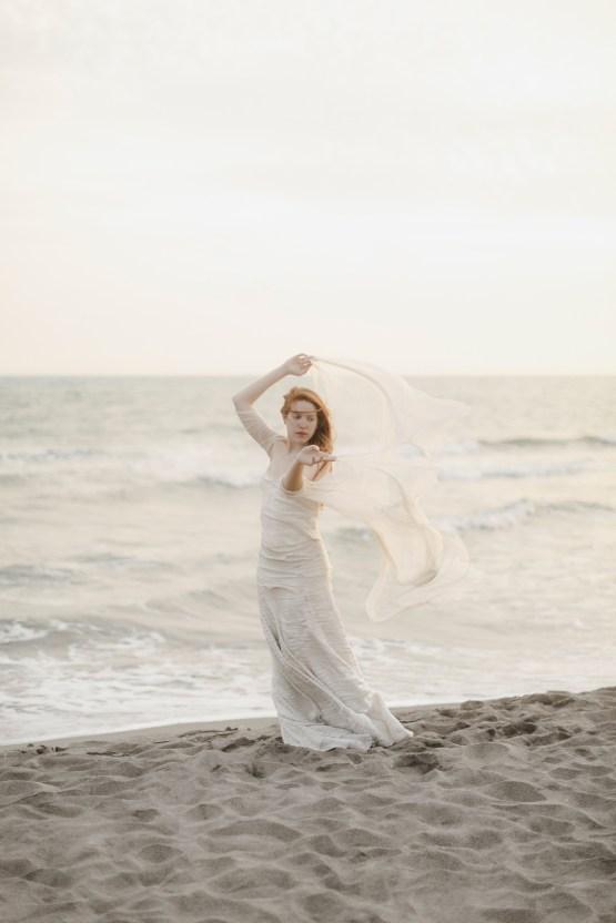 Driftwood & Seagrass, Seaside Boho Wedding Inspiration | Monica Leggio 30