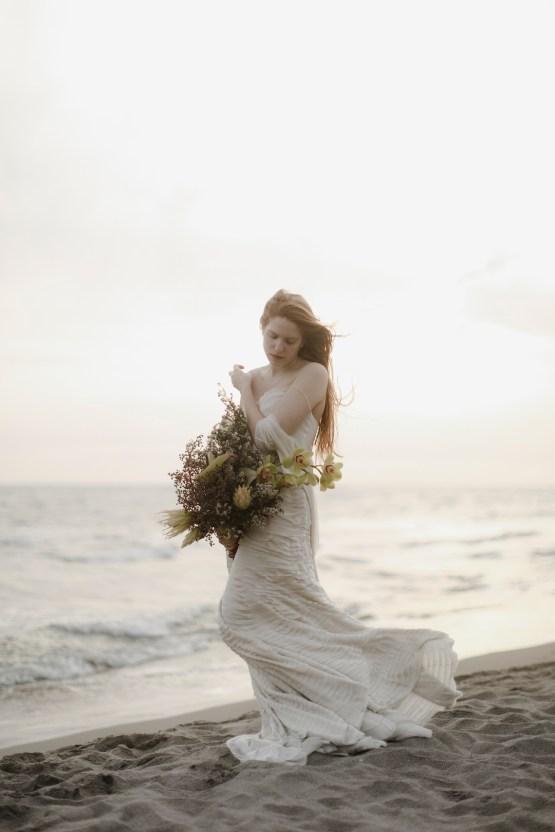 Driftwood & Seagrass, Seaside Boho Wedding Inspiration | Monica Leggio 33
