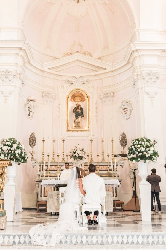 The Ultimate Dream Villa Wedding On The Amalfi Coast | Lace and Luce 22