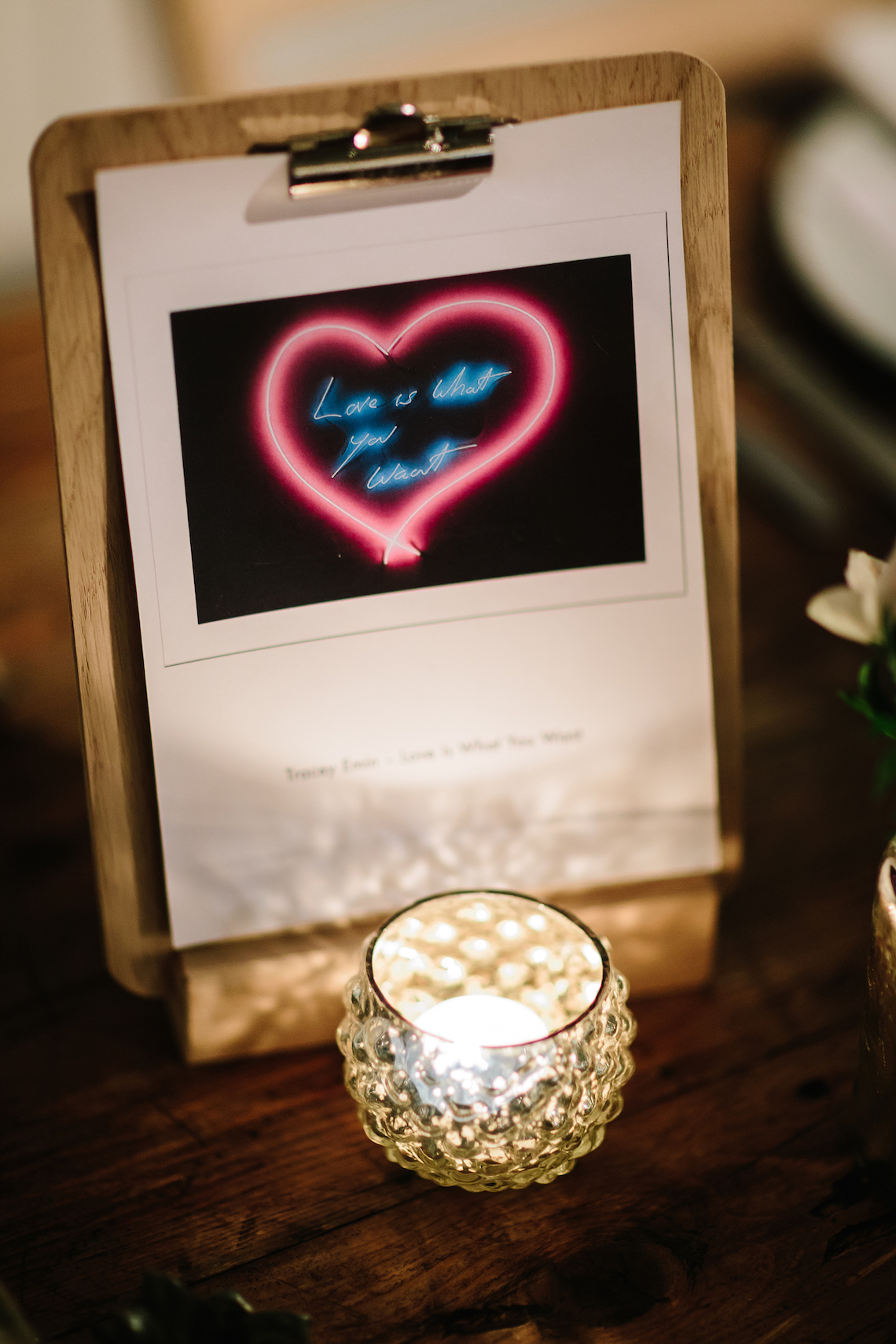 Underground Gallery Wedding In London With Cool, Flashy Signage | Studio 1208 Photography 34