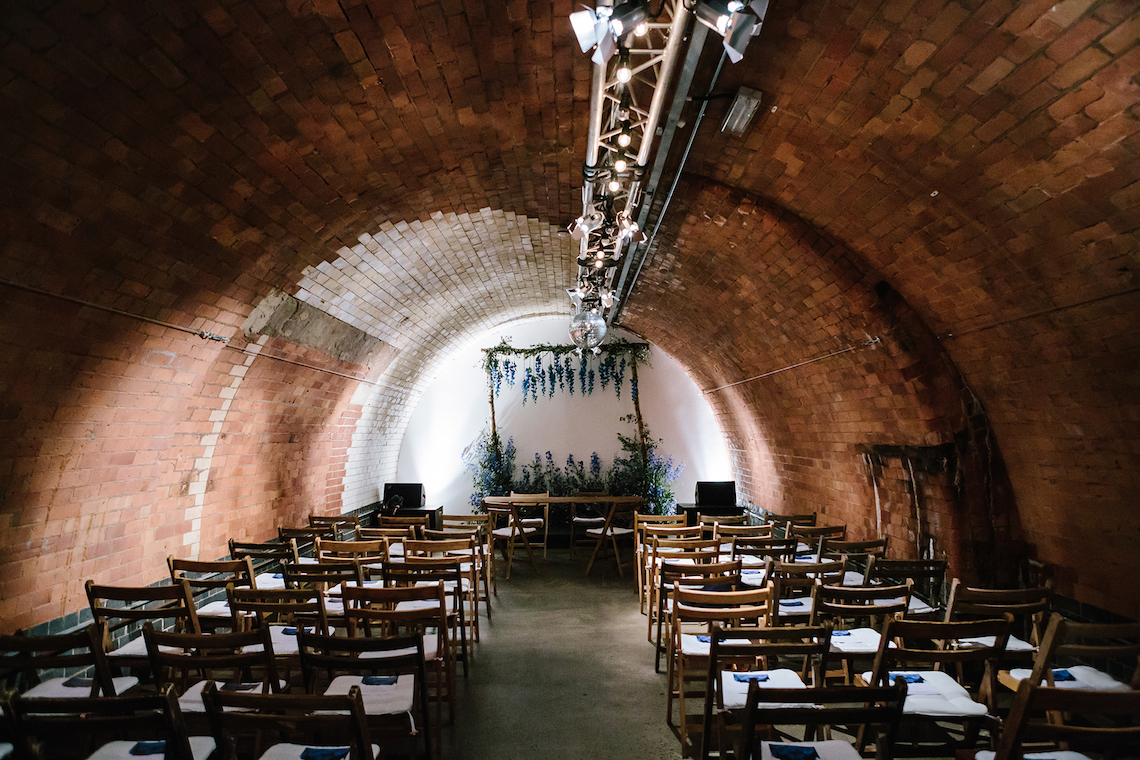 Underground Gallery Wedding In London With Cool, Flashy Signage | Studio 1208 Photography 6