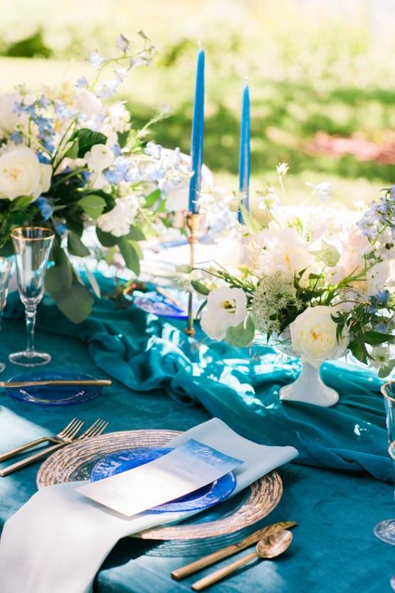 Vibrant Ocean Blue Watercolor Wedding Inspiration | Lola Event Productions | Artistrie Co. 24
