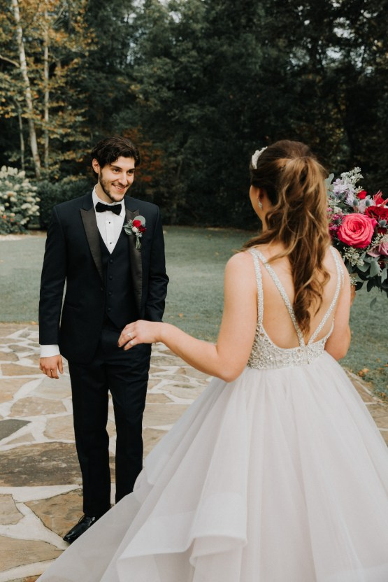 Classic Romance; A Heartfelt Wedding Filled With Red Roses | T & K Photography 31