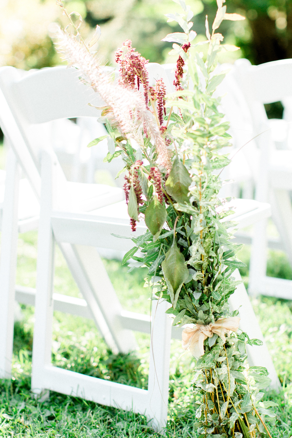 Colorful Vermont Lodge Wedding (With Sparkler Magic!) | Molly Lichten Photography 21