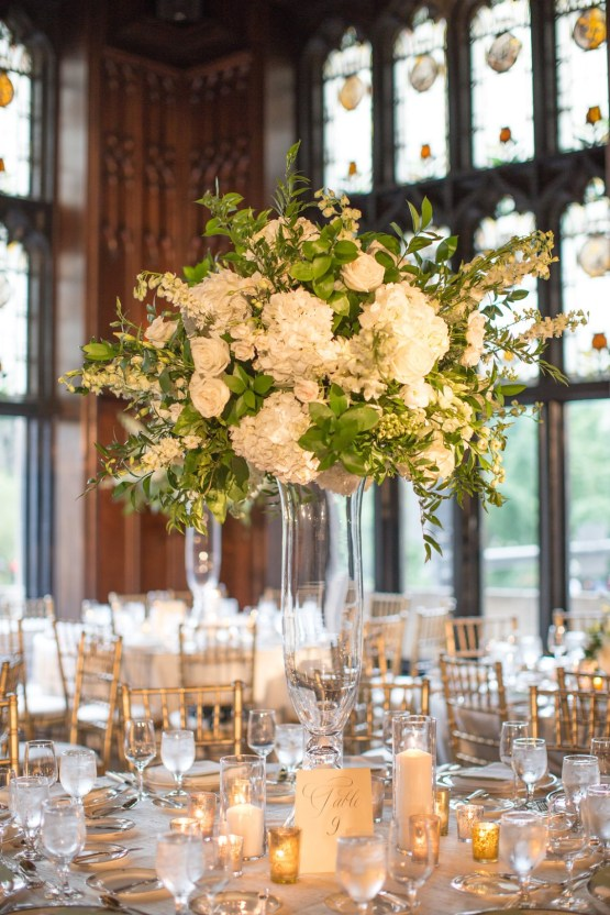 Practically Royal Luxe Chicago Cathedral Wedding | Christina G Photography | LOLA Event Productions 57