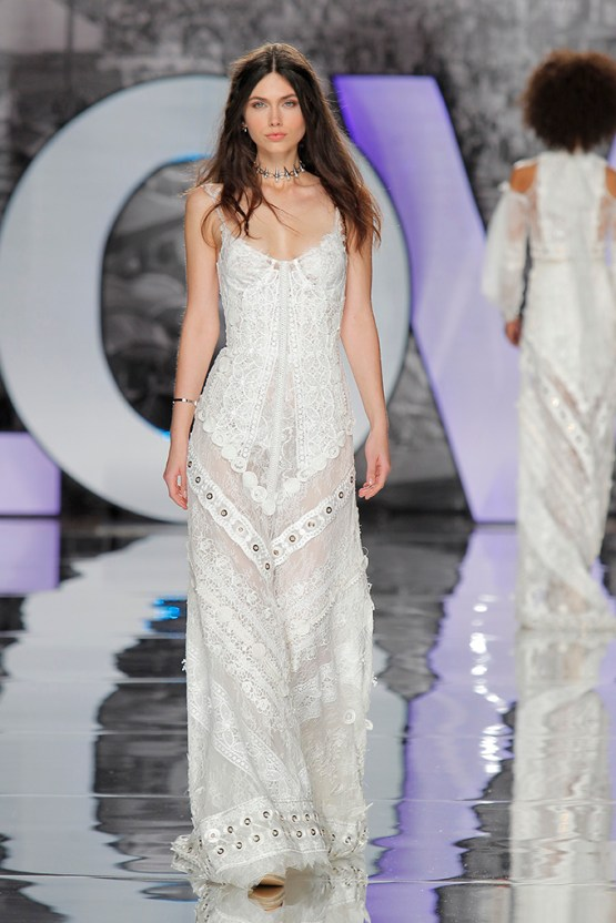 The Sexy & Embellished New Yolan Cris Wedding Dress Collections | VALNERA (1)