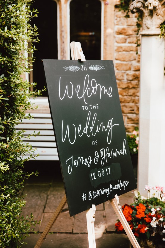 Totally Chic English Wedding With A Sweet Boat Ride | Oak & Blossom 16
