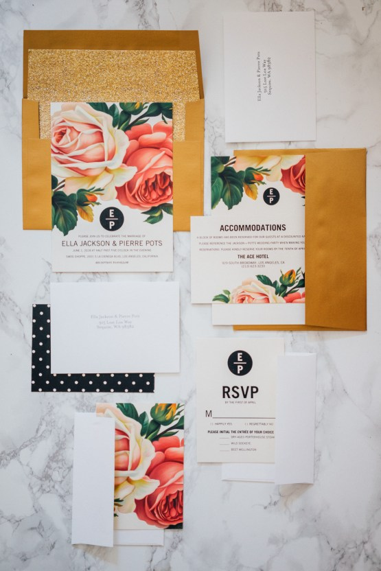 6 Gorgeous Wedding Invation Trends For 2018   Shutterfly   Claire Eliza 20