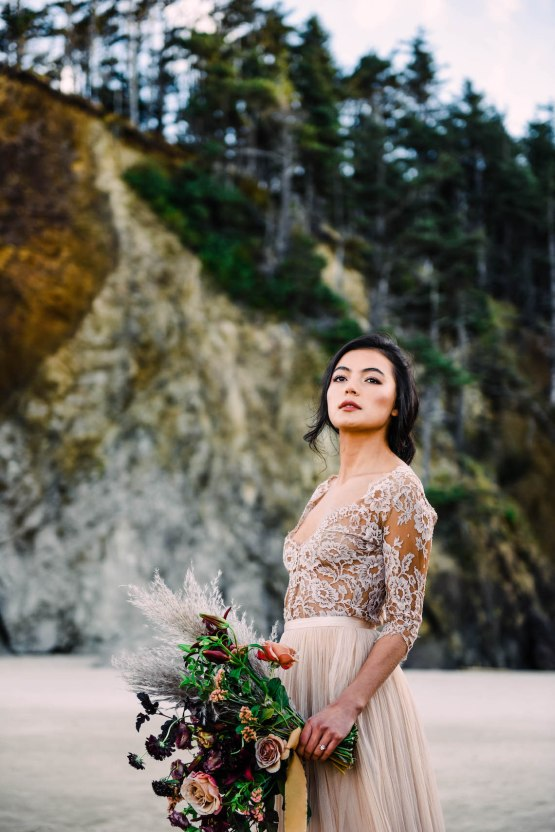 Ethereal Pacific Northwest Beachy Wedding Inspiration | Jessica Lynn Photography 20