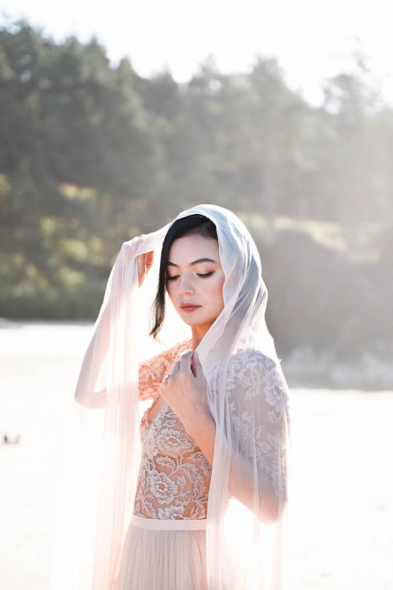 Ethereal Pacific Northwest Beachy Wedding Inspiration | Jessica Lynn Photography 47