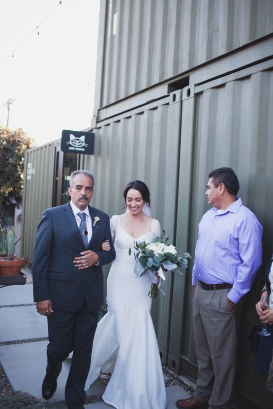 Modern Hip Taco Wedding In A Funky Gallery Venue | Claire Eliza 10