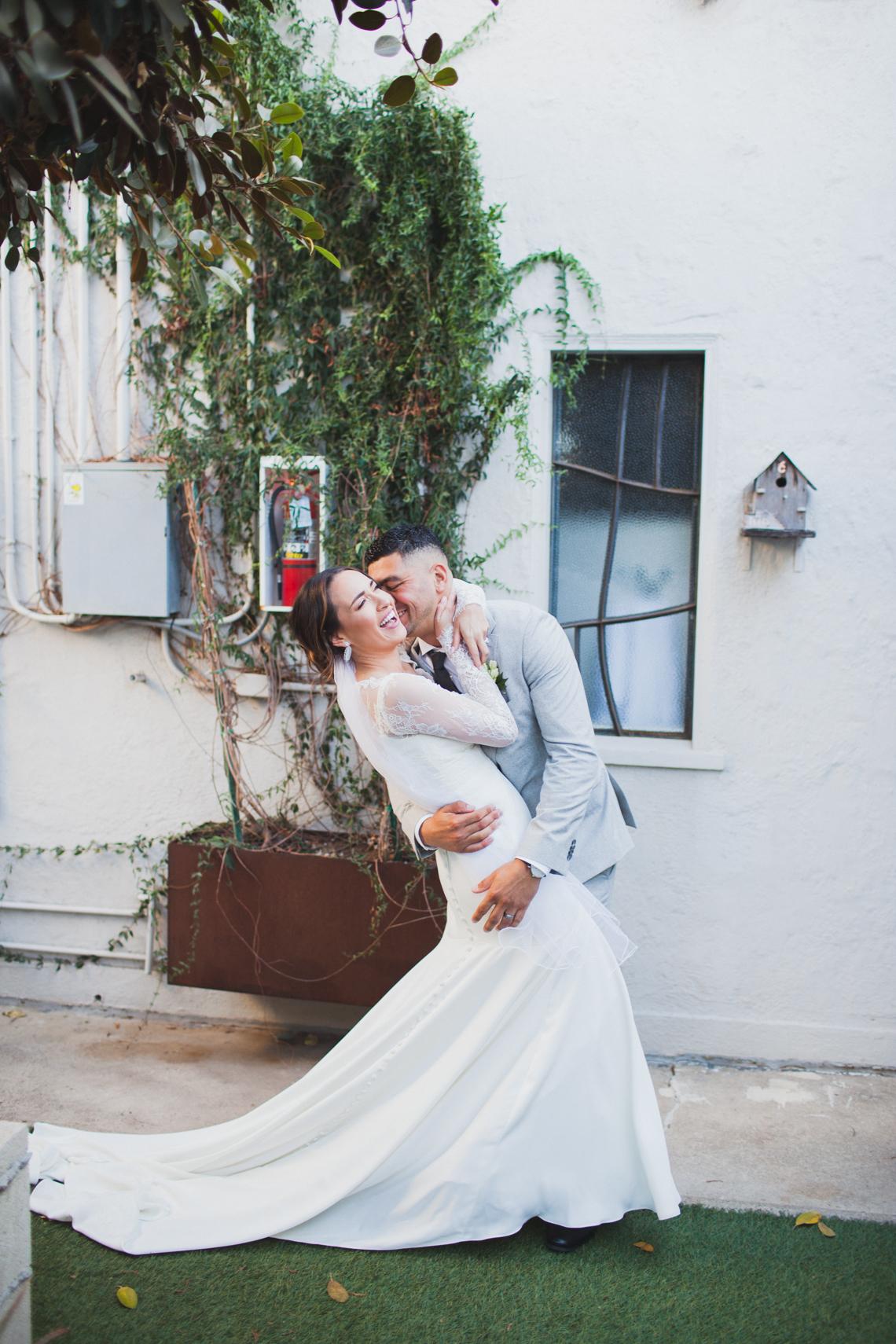 Modern Hip Taco Wedding In A Funky Gallery Venue | Claire Eliza 17