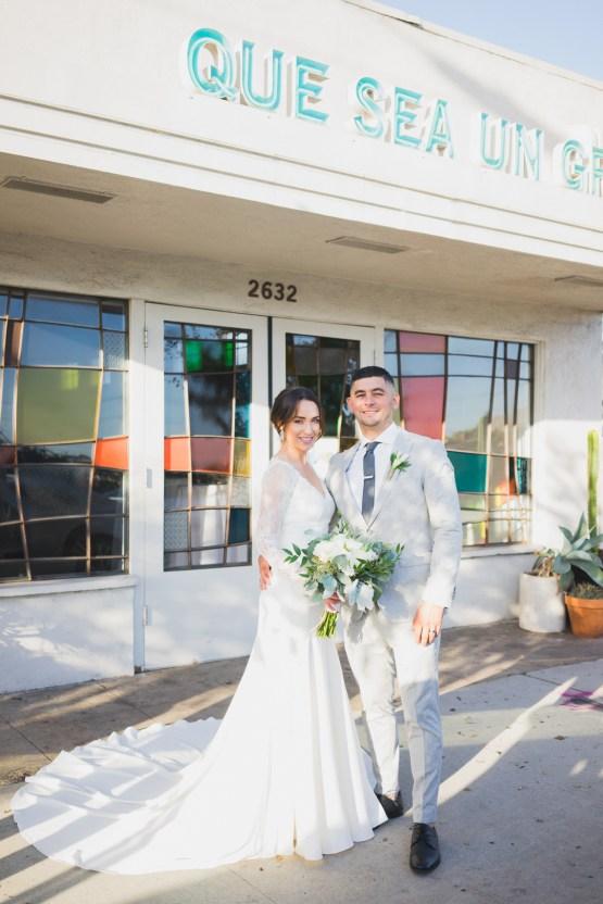 Modern Hip Taco Wedding In A Funky Gallery Venue | Claire Eliza 19
