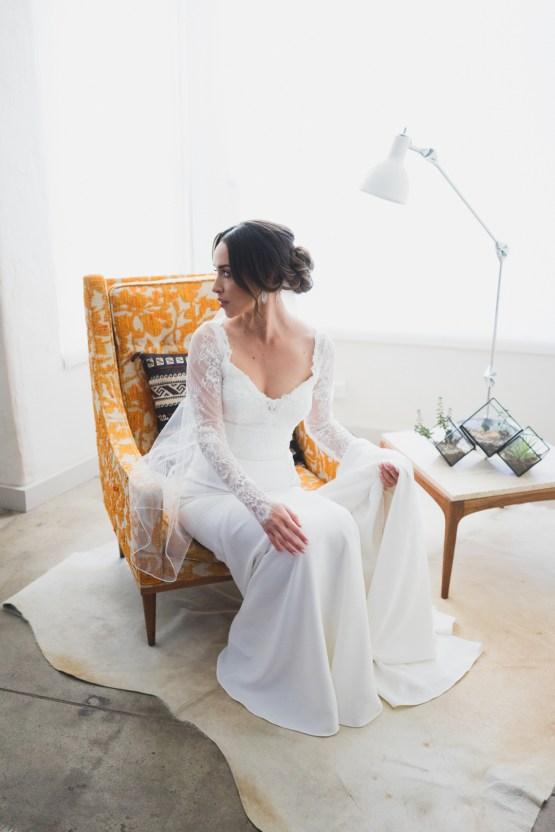 Modern Hip Taco Wedding In A Funky Gallery Venue | Claire Eliza 7