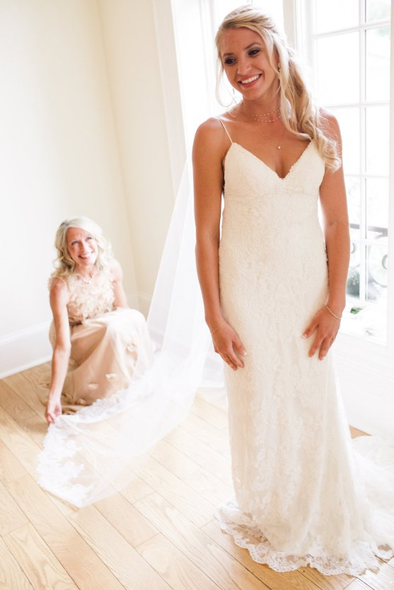 Relaxed Virginia Winery Wedding | Alison Leigh Photography 10