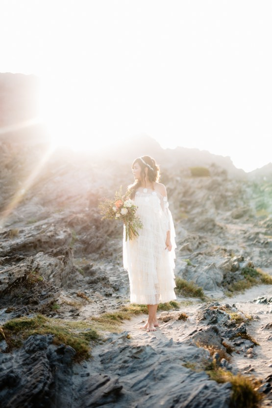 Shipwrecked; Seaside Elopement Inspiration From Sardinia | Valeria Mameli 16