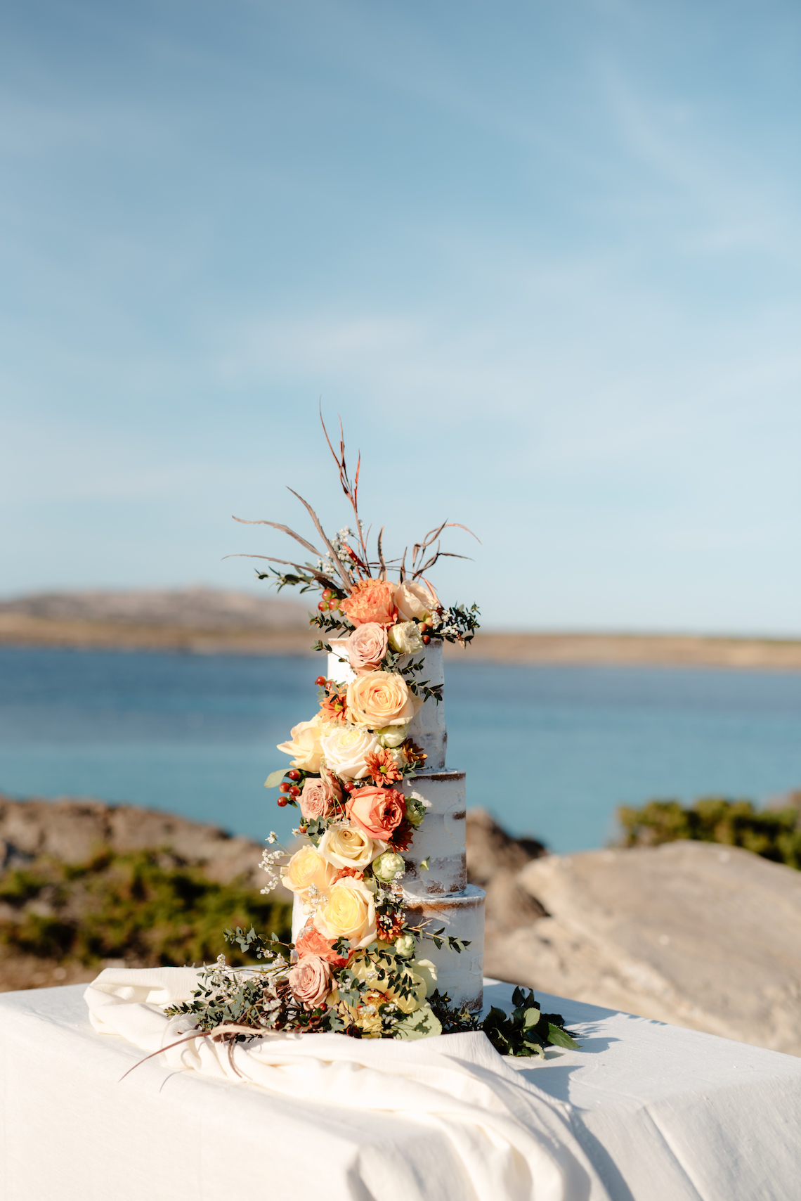 Shipwrecked; Seaside Elopement Inspiration From Sardinia | Valeria Mameli 2