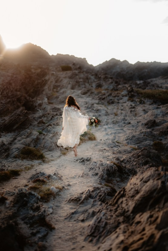 Shipwrecked; Seaside Elopement Inspiration From Sardinia | Valeria Mameli 21