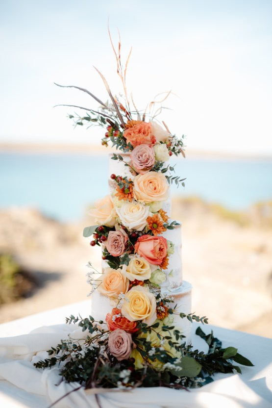 Shipwrecked; Seaside Elopement Inspiration From Sardinia | Valeria Mameli 4