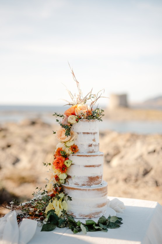Shipwrecked; Seaside Elopement Inspiration From Sardinia | Valeria Mameli 5