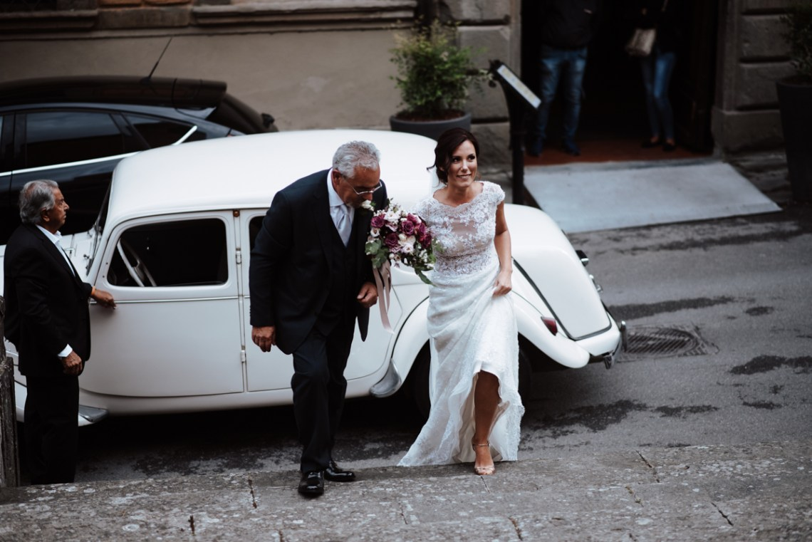 Simple & Elegant Cathedral Wedding in Italy | Silvia Galora 2
