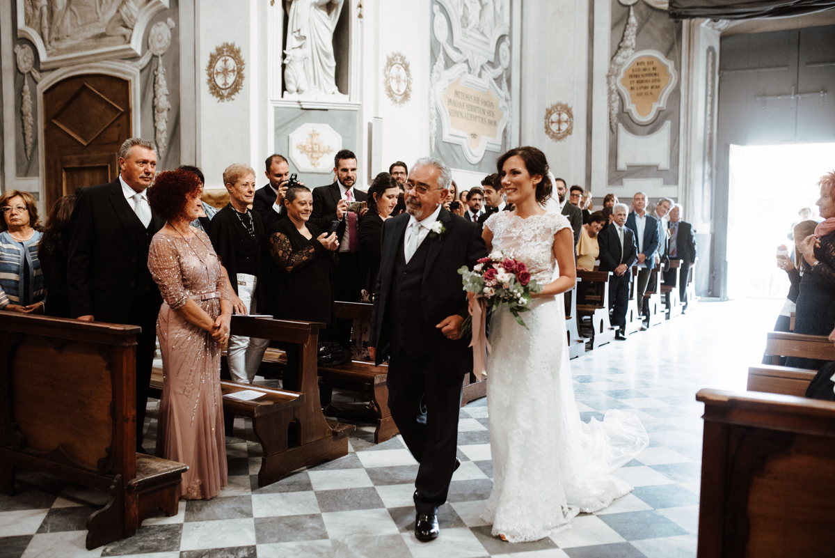 Simple & Elegant Cathedral Wedding in Italy | Silvia Galora 3
