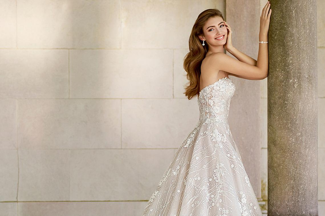 The Best Wedding Dresses For Your Zodiac Sign From Mon Cheri Bridals Martin Thornburg 2