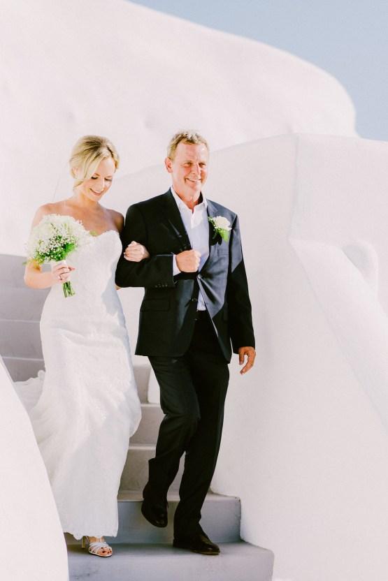 Classy Santorini Destination Wedding (With Amazing Caldera Views!) | Elias Kordelakos 15