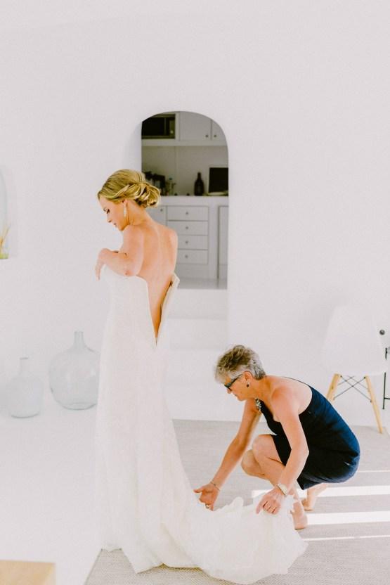 Classy Santorini Destination Wedding (With Amazing Caldera Views!) | Elias Kordelakos 4