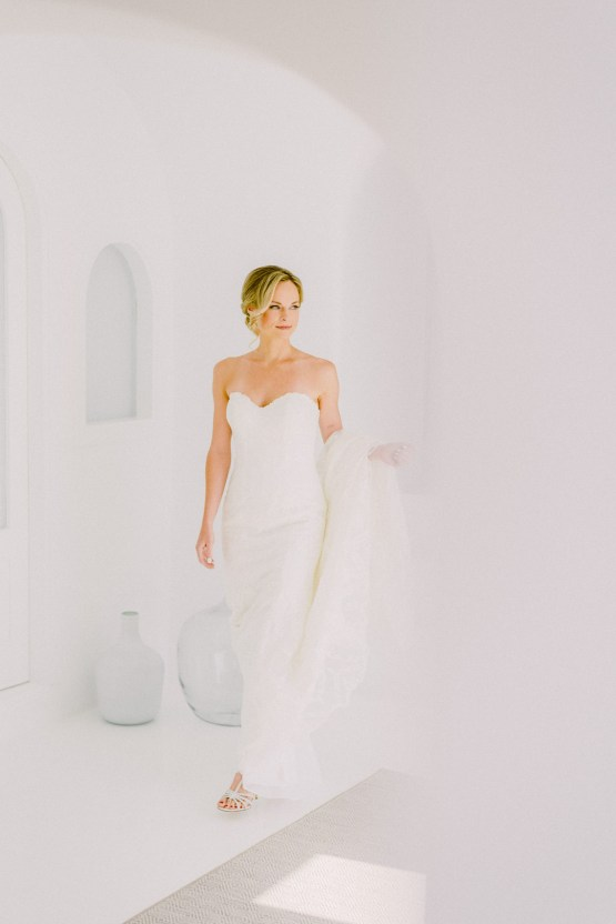 Classy Santorini Destination Wedding (With Amazing Caldera Views!) | Elias Kordelakos 8