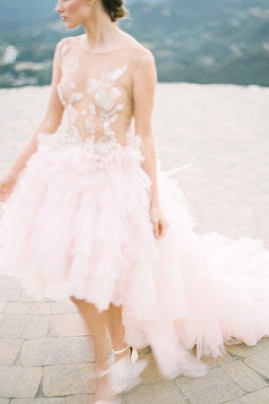 Malibu Wedding Inspiration With A Ruffled Pink Dress | Pura Vida Photography 39