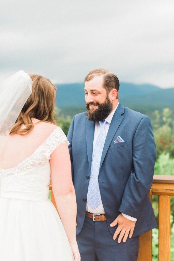 Rustic Carolina Mountain Lodge Wedding | Common Dove Photography 11