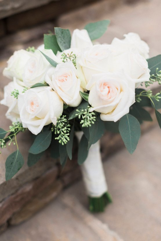 Rustic Carolina Mountain Lodge Wedding | Common Dove Photography 18