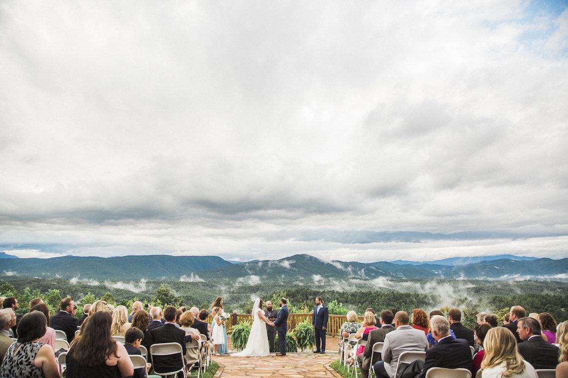 Rustic Carolina Mountain Lodge Wedding | Common Dove Photography 36