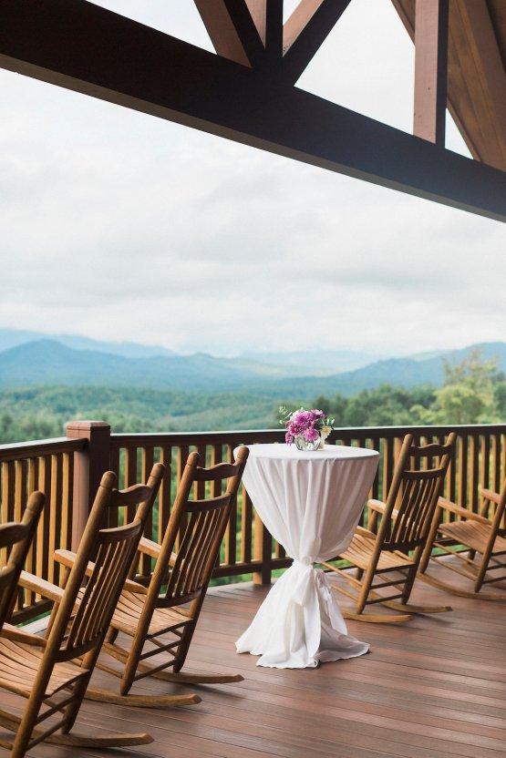 Rustic Carolina Mountain Lodge Wedding | Common Dove Photography 4
