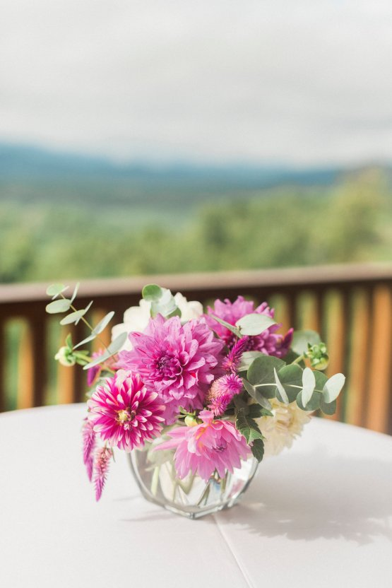 Rustic Carolina Mountain Lodge Wedding | Common Dove Photography 5