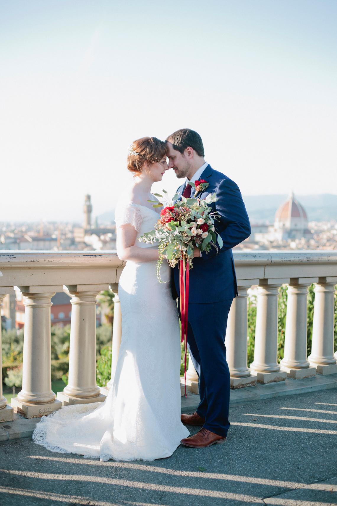 Rustic & Glamorous Tuscan Elopement | Purewhite Photography 36
