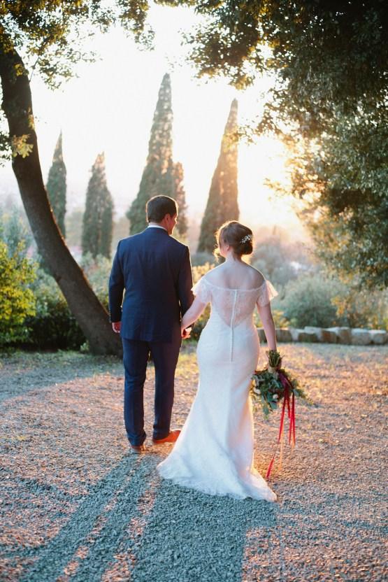 Rustic & Glamorous Tuscan Elopement | Purewhite Photography 43