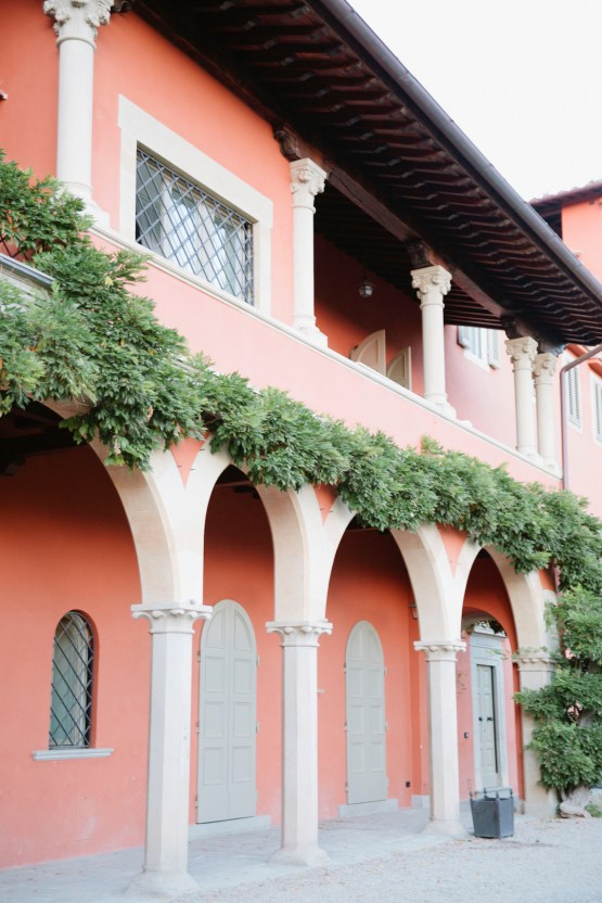 Rustic & Glamorous Tuscan Elopement | Purewhite Photography 44