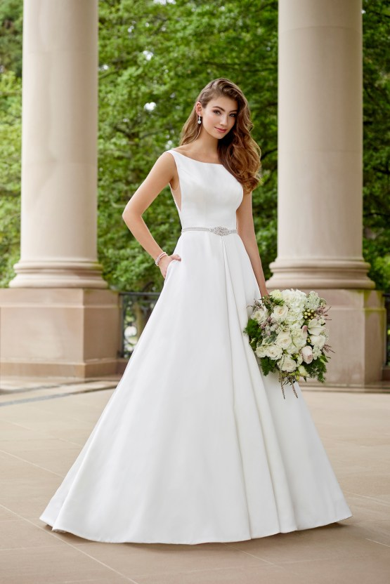 The Best Wedding Dresses For Your Zodiac Sign | Mon Cheri Bridals 9